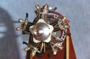 Tähtimoottori